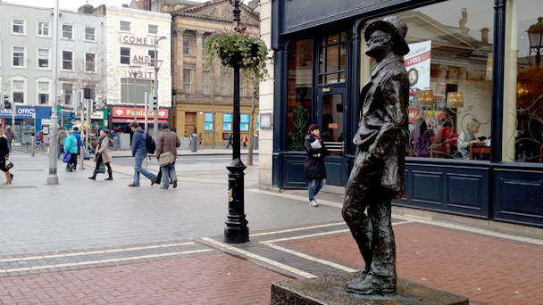 04_james_joyce_estatua_dublin_irlanda