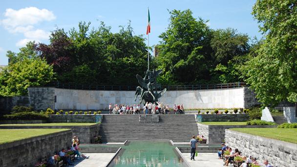 Conhecendo a Irlanda: Garden Of Remembrance