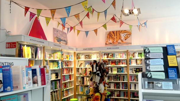 gutter_bookshop_dublin_vida_na_irlanda_18