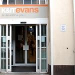 Achado em Dublin: K&M Evans
