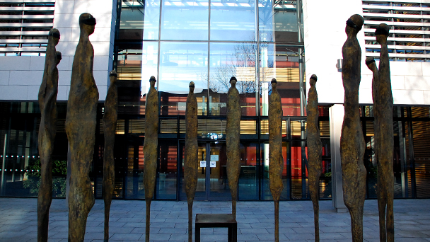 Conhecendo a Irlanda: 1916 Rising Sculpture