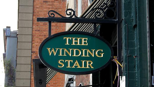 Achado em Dublin: The Winding Stair
